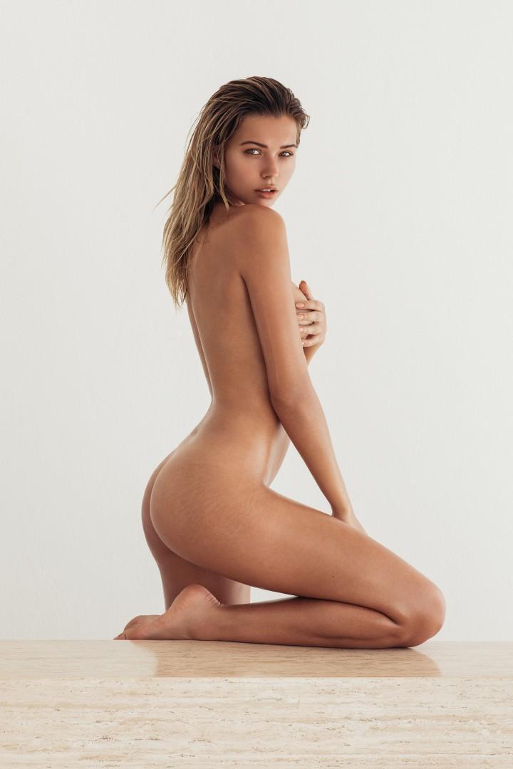 Sandra Kubicka Sexy 27 Jpg Photo View Download